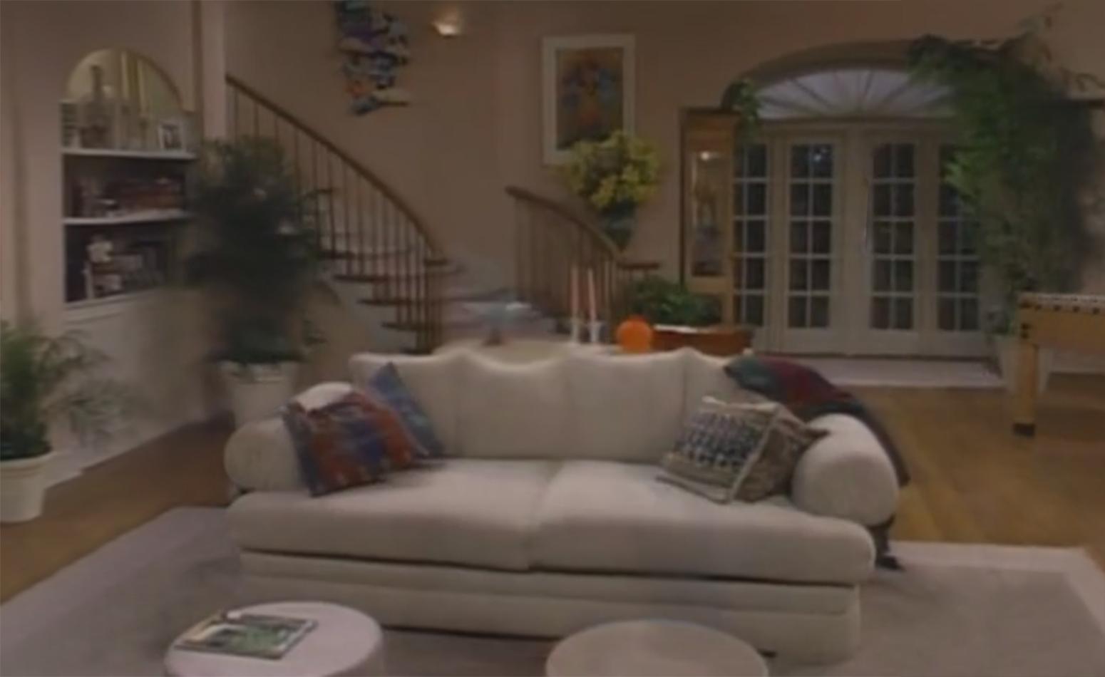 90 S Sitcom Living Rooms